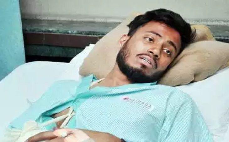 मुंबई इंडियंस के खिलाड़ी पर हमला, दोनों हाथों की काटी कलाइयां