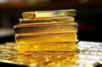 Gold hits 6-year peak on US rate cut prospect, Middle East tensions