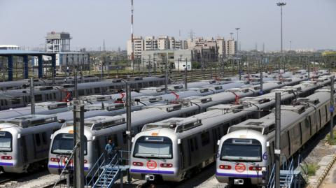 SC Asks Delhi Metro To Pay Rs 60 Crore Interest To DAMEPL