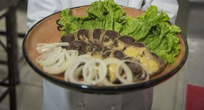 Мусульманское питание можно заказать при покупке билета на авиарейсы Air Astana